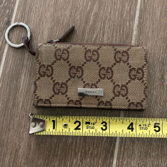 baee0f3bf85 Gucci Accessories - Authentic Gucci card holder keychain